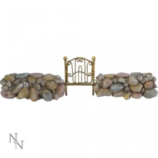 Gate of the Vale 34cm